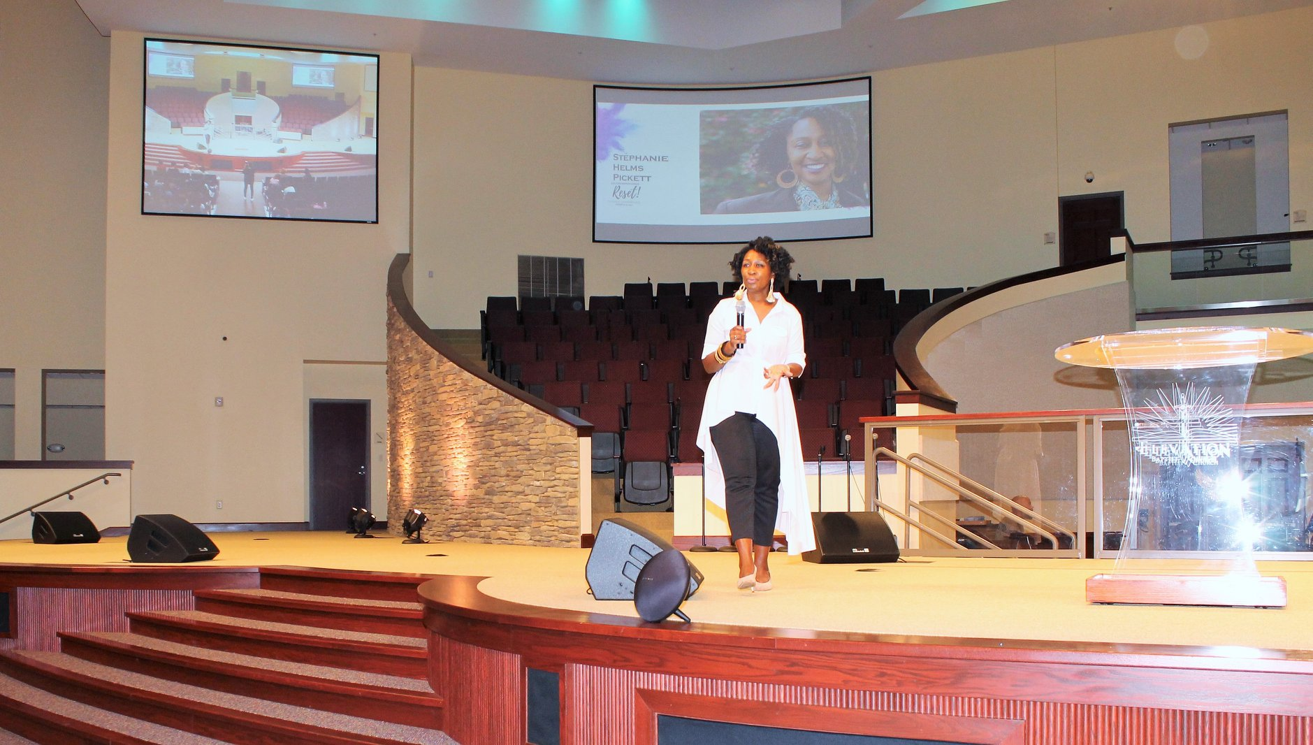 Stephanie Helms Pickett speaking at a women's conference
